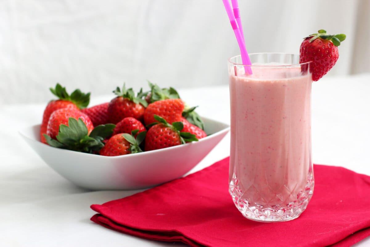 Receitas com iogurte para um verão refrescante e saudável