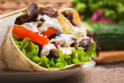 Combo Kebab + Fritas Rústica + Chá Gelado por R$22,40