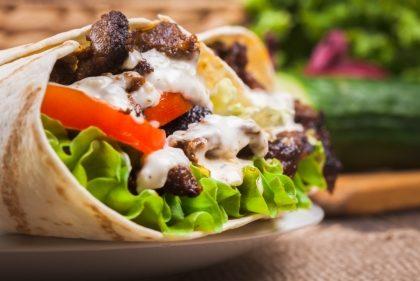 2 Kebabs por R$20,00 + Chá Gelado GRÁTIS