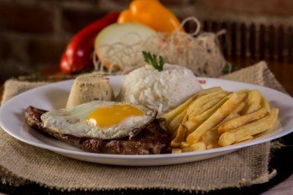 Prato Especial Bife à Cavalo + Refrigerante por apenas R$25,00