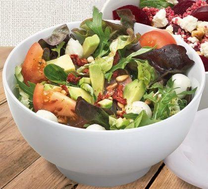 Vegetariano: Salada pequena sem proteína + Suco natural laranja ou limão por R$19,90