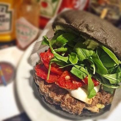 Hambúrguer Pic Búfala Tomate Seco por apenas R$ 21,90