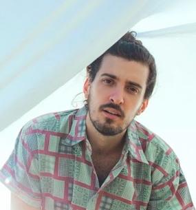 (29/04) 2 pares de ingresso de cortesia: Pedro Salomão no CCSP às 18h