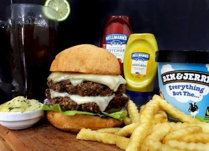 Combo R$40: Veggie Burger Pão de Batata + Chá Lipton + Batata McCain + Sorvete Ben&Jerry's