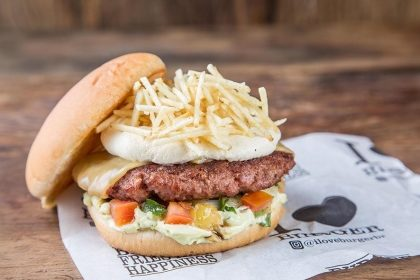 Combo R$30: Iron Chef Veggie com Bonduelle + Chá Gelado Lipton + Batata McCain