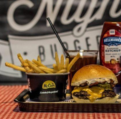 Combo R$30: Veggie burger + Batata McCain + Drink de Chá Lipton