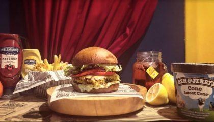 Combo R$40: Veggie Burger + Drink de Chá Lipton + Batata McCain + Sorvete Ben & Jerry's