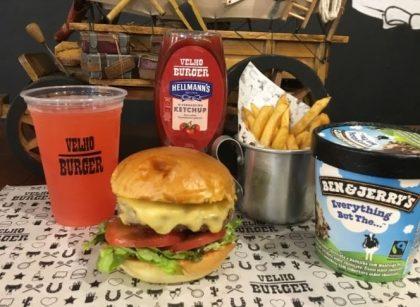 Combo R$40: Fora da Lei Burger com Bonduelle + Drink de Chá Lipton + Batata McCain + Ben & Jerry's