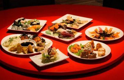 Fim de Semana: Rodízio Japonês completo com sobremesa por apenas R$ 59,90 no almoço