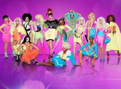 Apresente o cupom e ganhe 1 Long Neck na exibição de RuPaul's Drag Race! [+18]