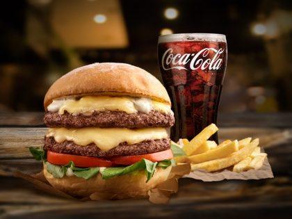 Combo: Hambúrguer de Picanha + Batata + Refrigerante 300ml por R$ 24,90