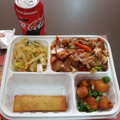 (Delivery e Balcão) Yakissoba + Bebida em Lata por apenas R$24,90!