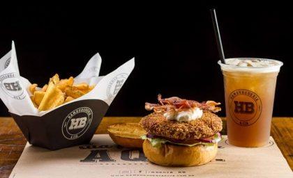 Burger + Fritas Clássicas + Chá HB + Pudim de Leite por apenas R$27,50!