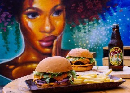 Combo: Monte seu Lanche + Batata Frita + Refrigerante por R$30!