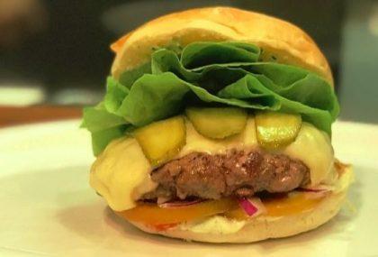 GANHE 1 Combo Texas (X-Burger + Batata Nevada Palito) na compra de 2 Combos