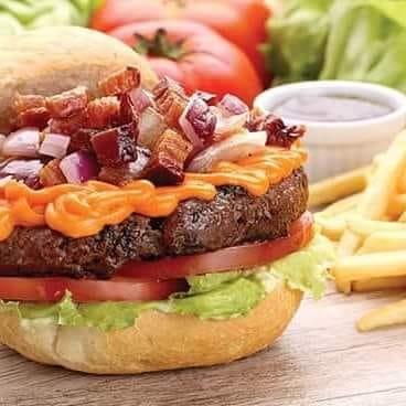 Na compra do Burger Insensato do Chef, GANHE outro burger igual