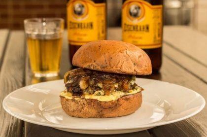 GANHE 1 Burger de igual ou menor valor na compra de 1 Burger Ceci + 1 Porção + 1 Bebida