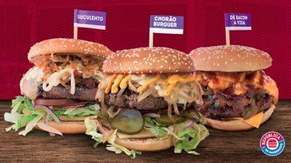 Na compra de um combo Burger* + Fritas + Refri, GANHE outro burger*