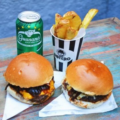 Na compra de qualquer combo Burger + Fritas + Bebida*, GANHE um Burger Botero Clássico