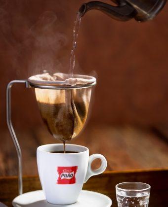 2×1: Compre um Café feito no Coador Clássico e GANHE outro!