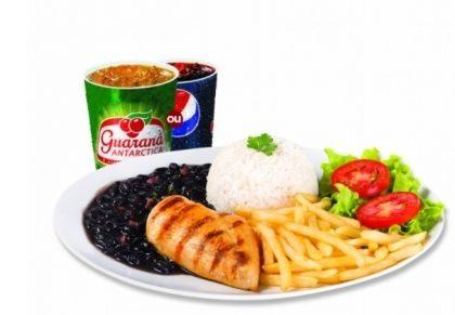 Center 3: Filezinho + Arroz + Feijão + Fritas ou Purê + Salada + Refri por R$ 18,90!