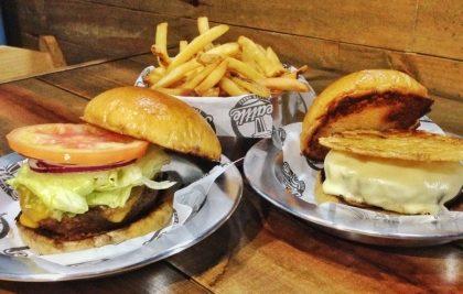 """GANHE um Burger My Hero na compra de um Burger Alive + Fritas """"Foxy Lady"""""""