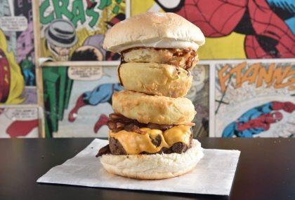 Burger Rolling Stones com 50% de desconto!