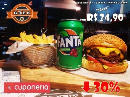 Combo: Geek Burger + Batata + Fanta Guaraná por apenas R$24,90
