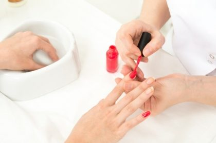 Combo manicure: 3 Sessões por apenas R$60,00!
