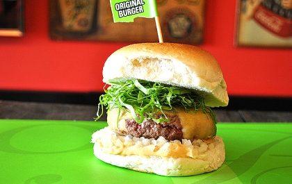 Combo: The Original Burger + Fritas + Fanta Guaraná por apenas R$ 41,10!