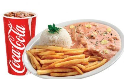 Strogonoff de Frango ou Carne + Refrigerante por apenas R$ 24,90!