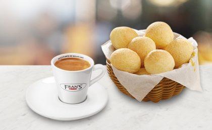 (Shopping D) Porção de Mini Pão de Queijo + Café Expresso por apenas R$ 6,99!