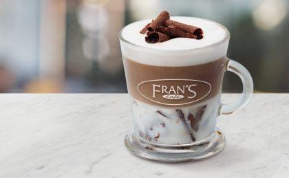 GANHE 1 Fran's Cappuccino Chocolate Grande na compra de outro!