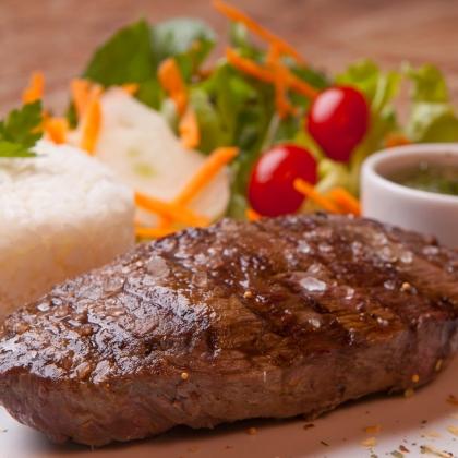 Steak Patagônia + 3 Acompanhamentos por apenas R$ 22,90!