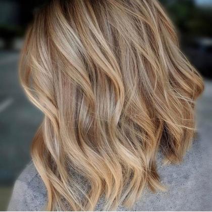 Mechas, luzes ou Ombré Hair + Hidratação + Tonalização por apenas R$ 299!