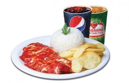 Parma Chips Frango + Refri 300ml por apenas R$ 17,90!