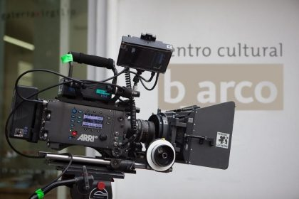 Curso Direção de Fotografia para Cinema e TV Digital com descontos exclusivos!