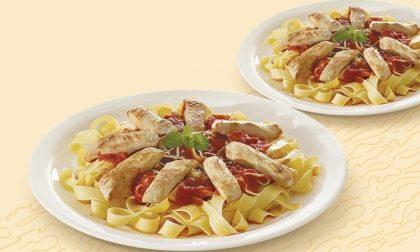 Dois pratos de Fettuccine com tiras de Frango ao Sugo por apenas R$ 16,90!
