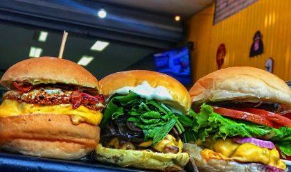 Burger + Sobremesa por apenas R$ 29,90!