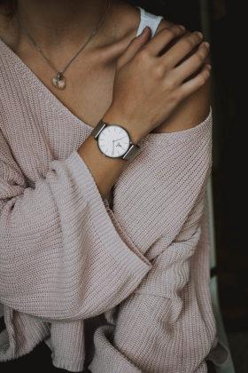 Cupom de 25% OFF em seleção de relógios femininos no site da Submarino