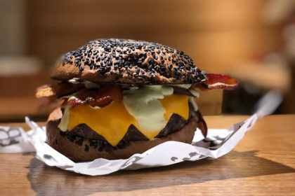 Combo R$39: Burger de Costela + Batata Frise + Refrigerante!