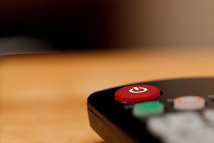 Cupom de R$ 100 OFF no lançamento da Smart TV Samsung no site do Carrefour