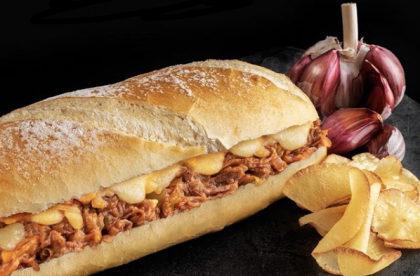 Porco Louco + Chips da casa + Refri + Sobremesa por apenas R$ 28,00!