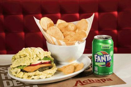 Combo R$ 30: Burger Vegano + Batata Chips + Refrigerante