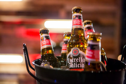 Cerveja Estrella Galícia: Pague 4 e leve 5