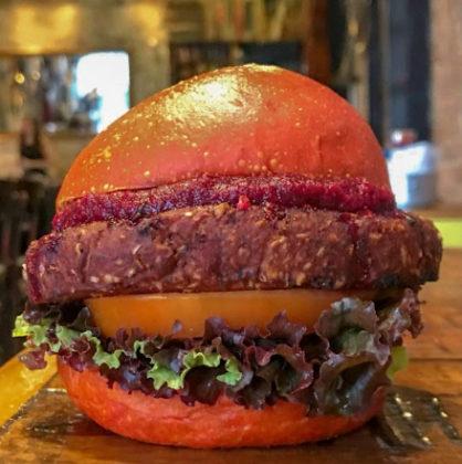 Combo R$ 30: Veggie Burger + Batata Frita + Refrigerante!