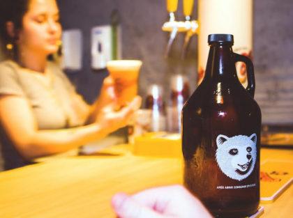 Growler do Urso para consumir no bar com 30% de desconto!