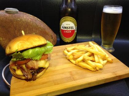 Combo: Fat Boy + Cerveja Amstel + Batata Frita por apenas R$ 29,90!