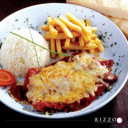 Parmegiana de frango com 3 acompanhamentos + Refrigerante por apenas R$22,90!