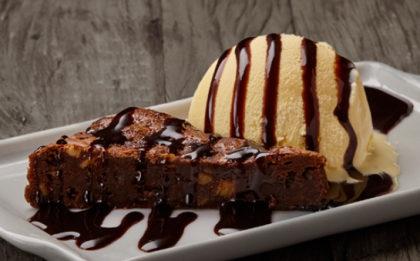 GANHE uma incrível sobremesa Blue Ribbon na compra de qualquer prato!
